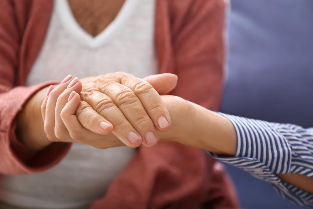 Les orthophonistes peuvent supporte un proche aidant