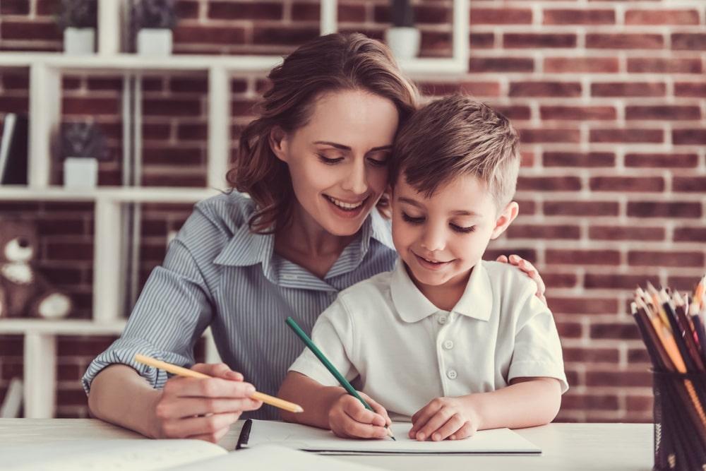 La période des devoirs en famille
